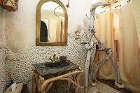 interesting bathroom in Corsica - Villa Authentique luxury apartment