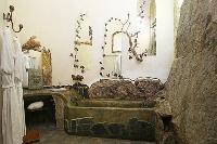 interesting bathtub in Corsica - Villa Authentique luxury apartment
