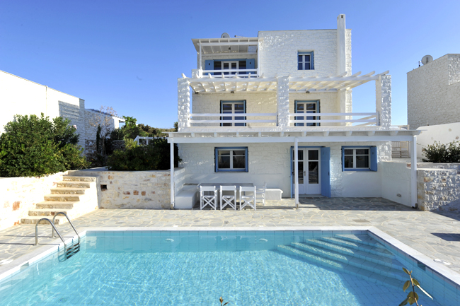 Paros Island Ambassador Executive 3 Bedroom Villa