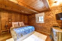 clean and fresh bedding in French Alps - Le Diamant luxury apartment