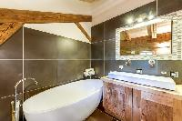 neat and nice freestanding tub in French Alps - Le Diamant luxury apartment