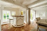 cheery and chic Saint Raphael - Villa Valescure luxury apartment