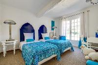 cool twin bedroom in Saint Raphael - Villa Valescure luxury apartment
