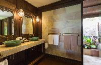 spic-and-span bathroom in Thailand - Ban Sairee luxury apartment, holiday home, vacation rental