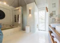 cool bathtub in Thailand - Villa Mia luxury apartment, vacation rental
