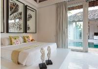 pristine bed sheets in Thailand - Villa Mia luxury apartment, vacation rental