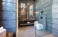 spic-and-span bathroom in Thailand - Villa Kirana luxury apartment, vacation rental