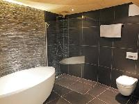 spic-and-span bathroom in Chalet Woovim House luxury apartment, holiday home, vacation rental