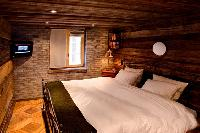 pristine bed sheets in Chalet Heidi luxury apartment, holiday home, vacation rental