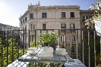 cool alfresco dinners at Barcelona - Platinum luxury apartment