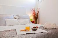 fresh and clean bedroom linens in Barcelona - Penthouse luxury apartment