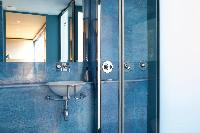 cool bathroom in Barcelona - Terrace 1 luxury apartment