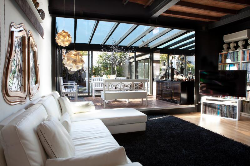 cool conservatory of Barcelona - Terrace 2 luxury apartment