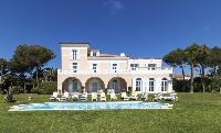 magnificent exterior of Saint-Tropez - Reve de Mer luxury apartment