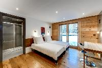 charming bedroom in French Alps - Le Gypaète luxury apartment