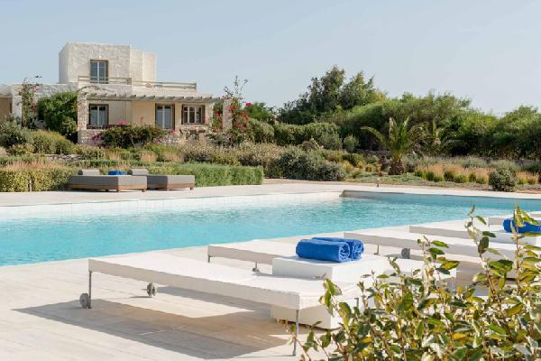 Paros Island Stagones Maisonette Villa