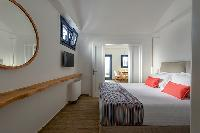 clean bed sheets in Santorini Sea Dream luxury home, perfect vacation rental