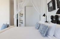 pristine bedding in Thailand - Villa Belle luxury apartment, holiday home, vacation rental