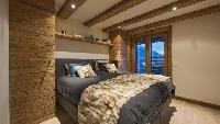 fresh and clean bedroom linens in Chalet Alpin Roc luxury apartment, holiday home, vacation rental