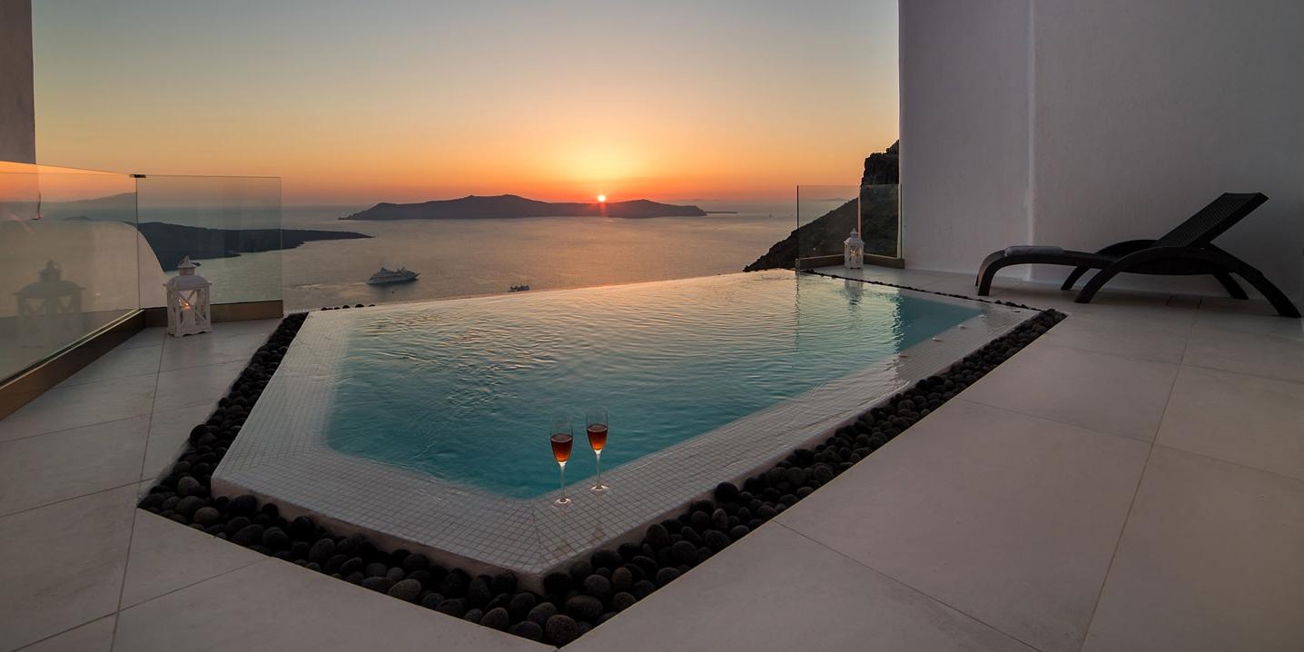 Santorini Daydream Superior Suite