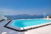 Santorini Daydream Senior Suite