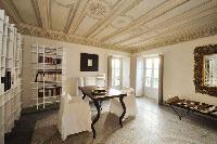 impressive ceiling of Villa San Giulio luxury apartment