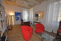 spacious Villa San Giulio luxury apartment