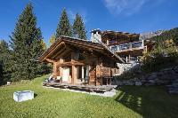 beautiful Chalet Petiti luxury apartment, holiday home, vacation rental
