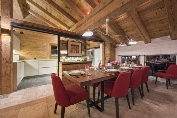 charming Chalet Petiti luxury apartment, holiday home, vacation rental