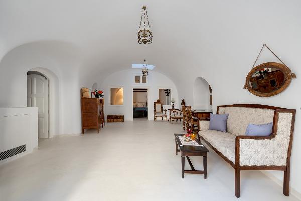 Santorini Casa Santantonio Senior Cave Apartment