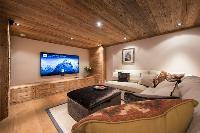 fully furnished Chalet Sirocco luxury apartment, holiday home, vacation rental