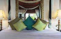 fresh bed sheets in Thailand - Baan Wanora luxury apartment