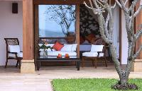 sunny and airy Thailand - Baan Wanora luxury apartment