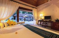 breezy and bright Thailand - Baan Wanora luxury apartment