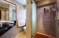 clean bathroom in Thailand - Baan Wanora luxury apartment
