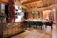 delightful Chalet Shalimar luxury apartment, holiday home, vacation rental