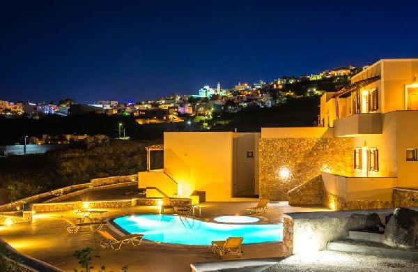 Santorini Moonlight Long Vista Apartments