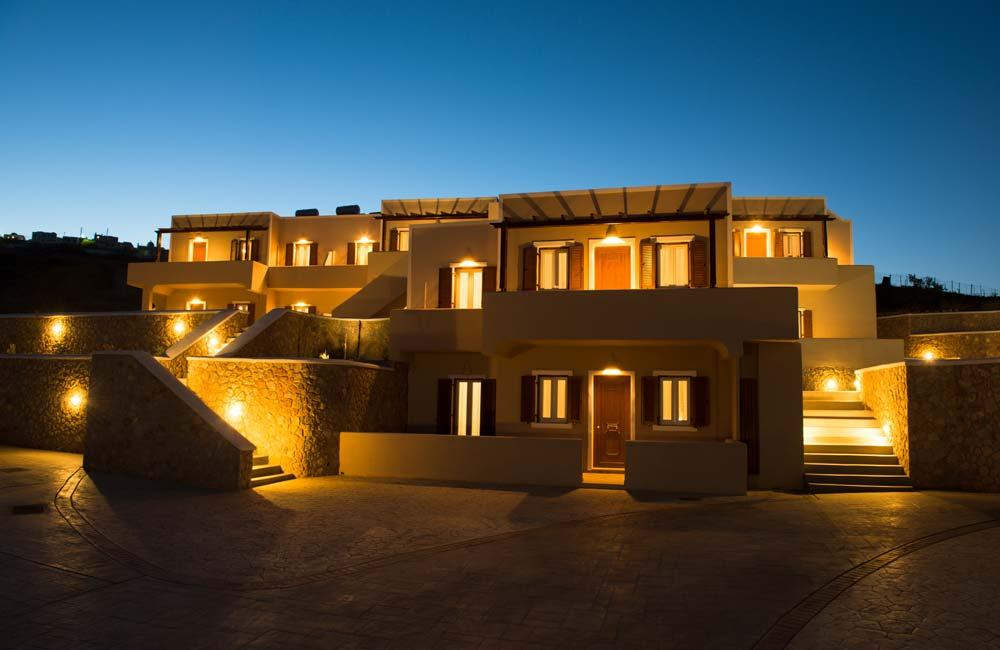magical Santorini Moonlight Long Vista luxury apartment, perfect vacation rental
