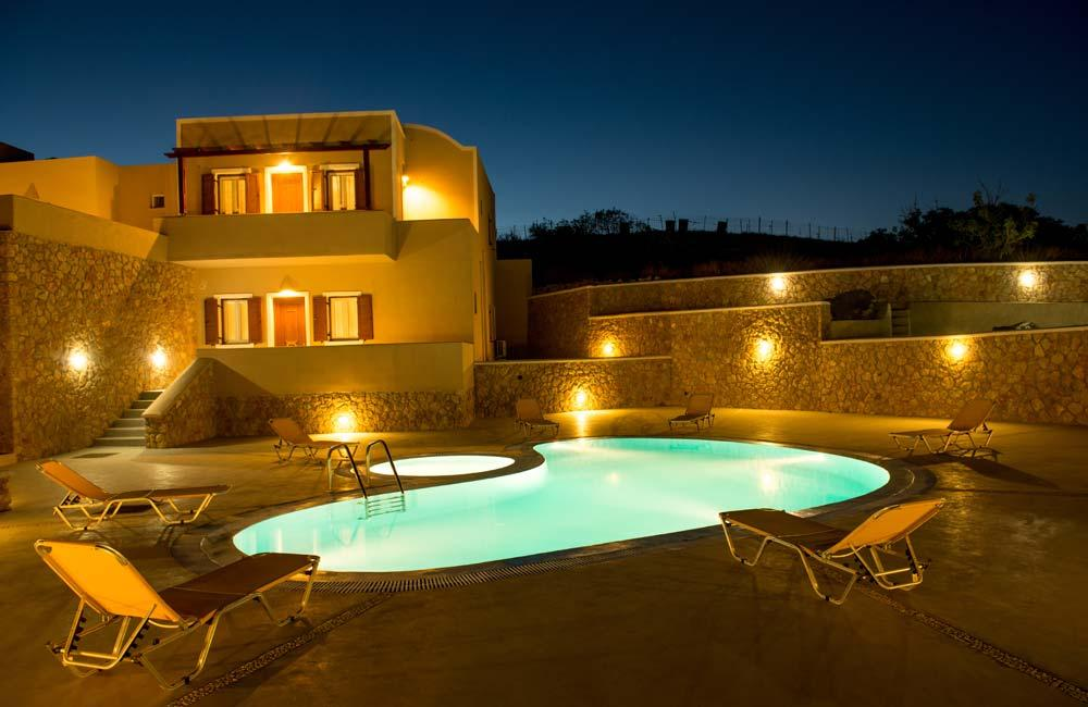 stunning Santorini Moonlight Long Vista luxury apartment, perfect vacation rental