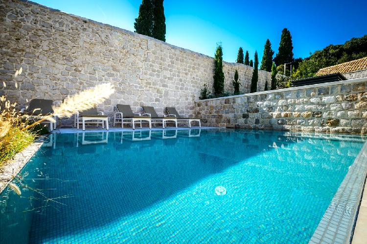 cool swimming pool of Luxury Villa Castle Zaton holiday home