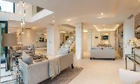 Luxury Villa Seafront