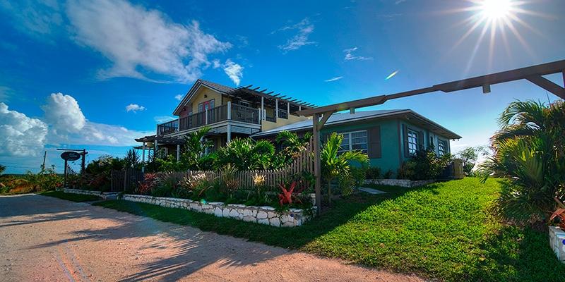 Bahamas - Villa Allamanda