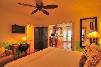 pristine bed sheets and pillows in Bahamas - Villa Allamanda luxury apartment