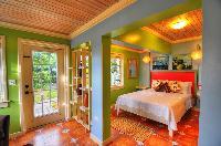 fresh bedroom linens in Bahamas - Villa Allamanda luxury apartment
