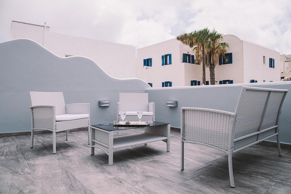 cool balcony of Santorini Oasis Agate luxury apartment, perfect vacation rental