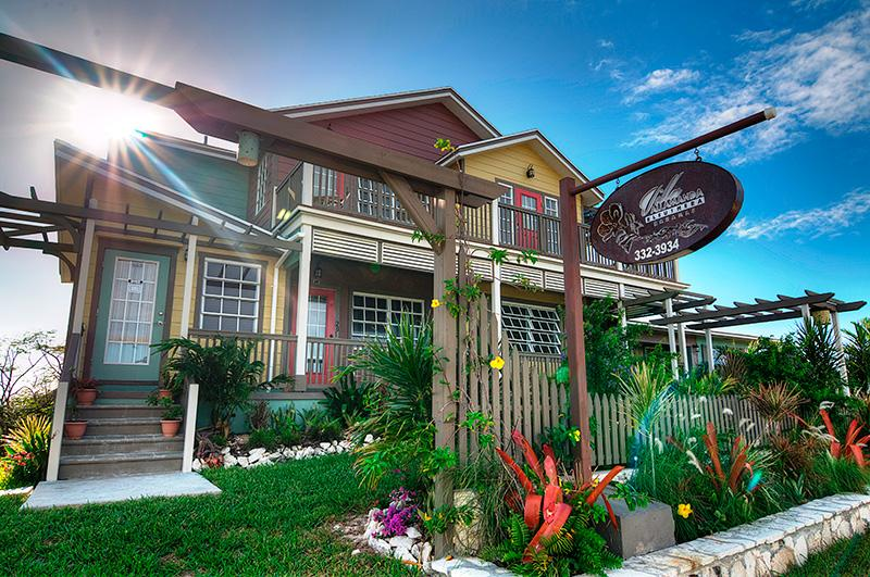 awesome facade of Bahamas - Allamanda Garden Cottage luxury apartment