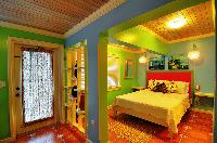crisp bed sheets in Bahamas - Villa Allamanda Efficiency Suite luxury apartment