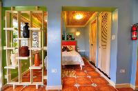amazing Bahamas - Villa Allamanda Efficiency Suite luxury apartment