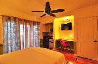 fresh bedroom linens in Bahamas - Villa Allamanda Queen Studio B luxury apartment
