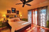 clean bedroom linens in Bahamas - Villa Allamanda Queen Studio B luxury apartment